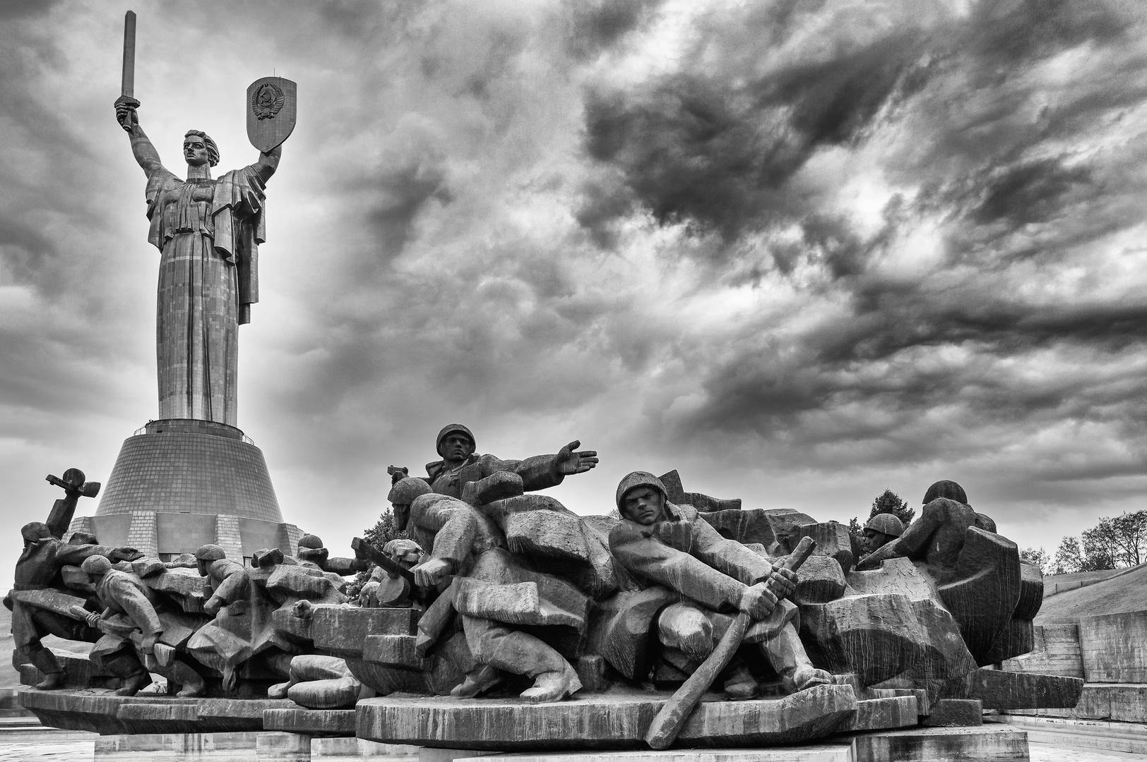 Skulpturengruppe Dnepr-Übergang 01