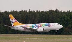Sky Express Boeing 737-529