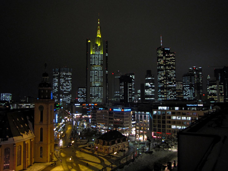 Skyline bei Nacht - 2. Version