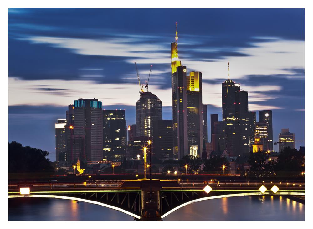 * Skyline Frankfurt a. Main II