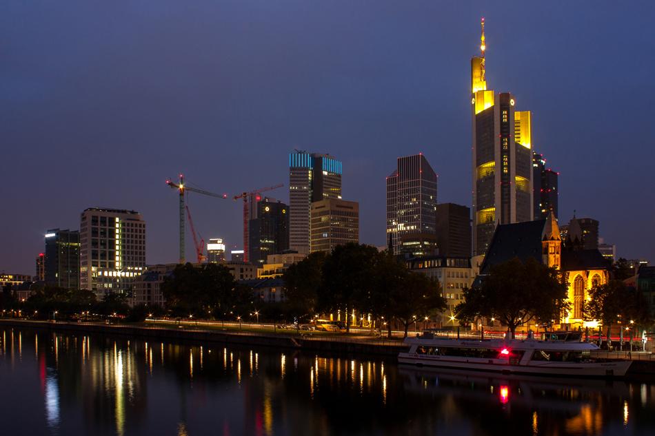 skyline frankfurt foto bild deutschland europe hessen bilder auf fotocommunity. Black Bedroom Furniture Sets. Home Design Ideas
