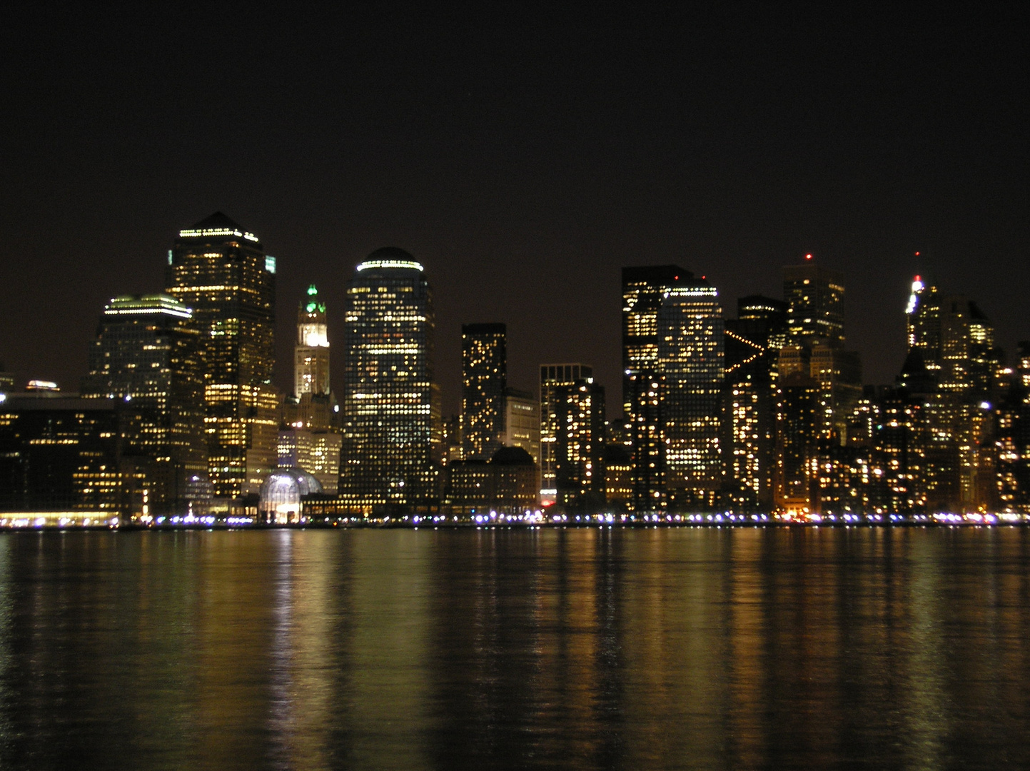 skyline new york bei nacht foto bild north america. Black Bedroom Furniture Sets. Home Design Ideas
