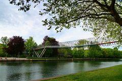 Slinky Springs to Fame - Die etwas andere Brücke in Oberhausen
