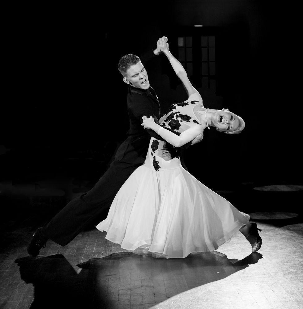 Slow Waltz - Olga Kulikova und Dmitry Zharkov