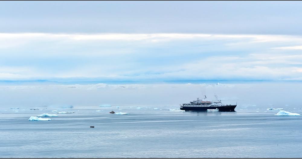 small and big ships