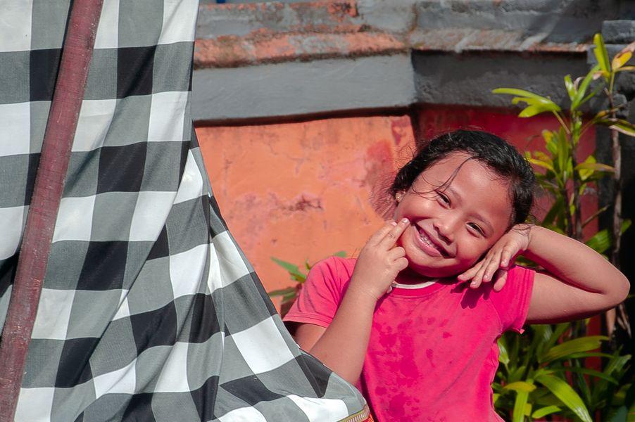 Small girl in Kesiman