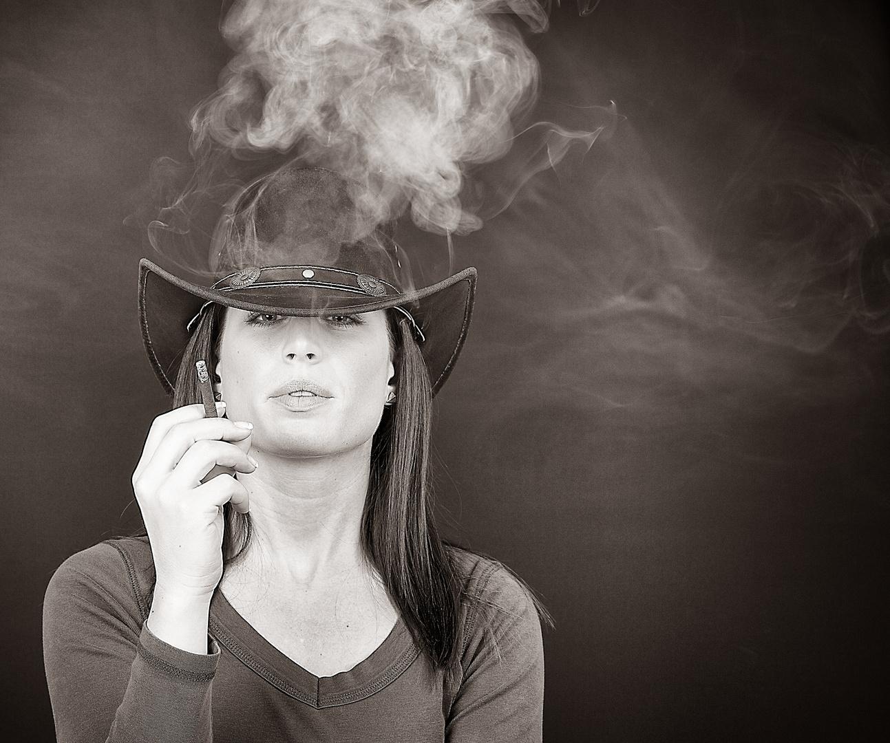 Smoking Sharna