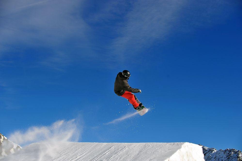 Snowboard am Stubai Gletscher