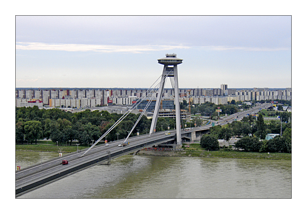 SNP Brücke in Bratislava