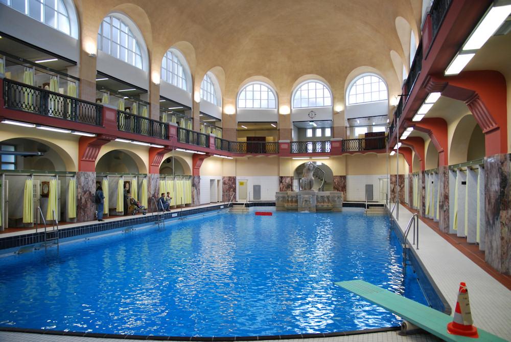 So schön können Schwimmbäder sein!