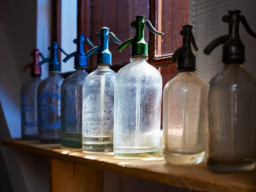 """sodawasser aus """"spritz""""flaschen..."""
