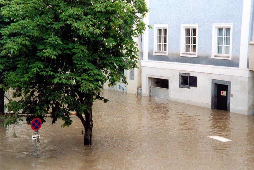 Sogar die Hochwasser-Schotten waren nutzlos
