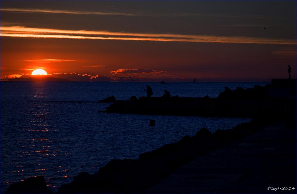 ... soirée sur le quai ... / ... Abend an der Mole ...