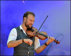 Solange jemand Geige spielt...
