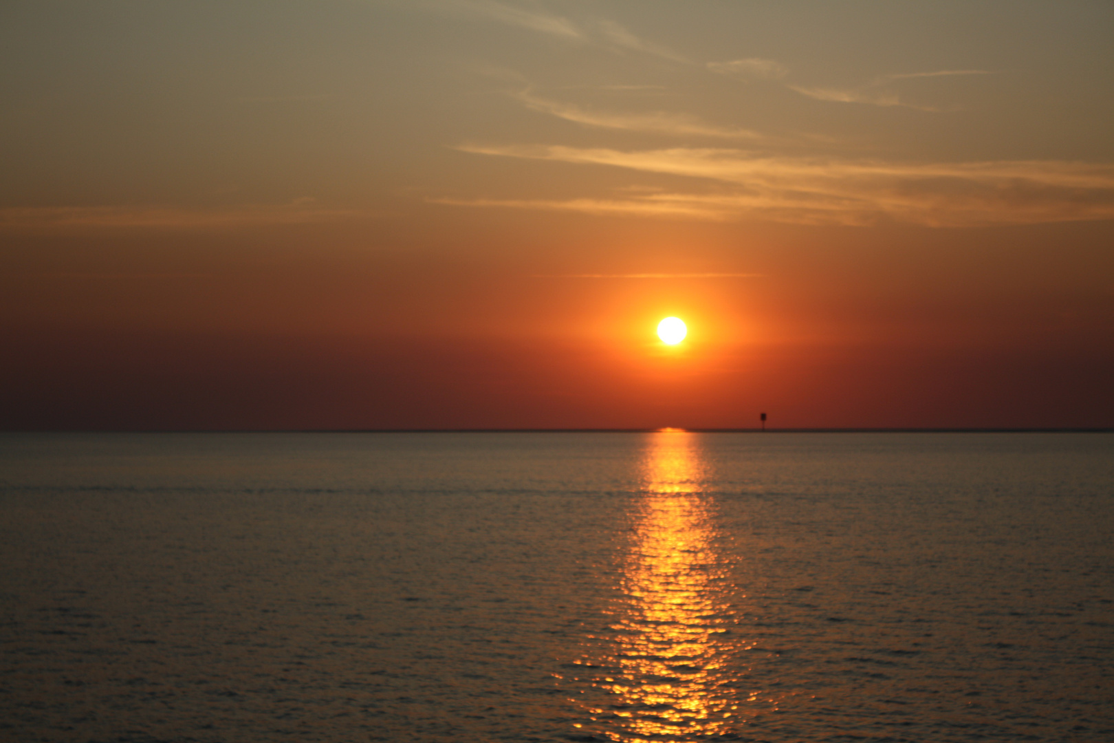 SOLEIL COUCHANT / Sonnenuntergang BÜSUM NORDSEE.
