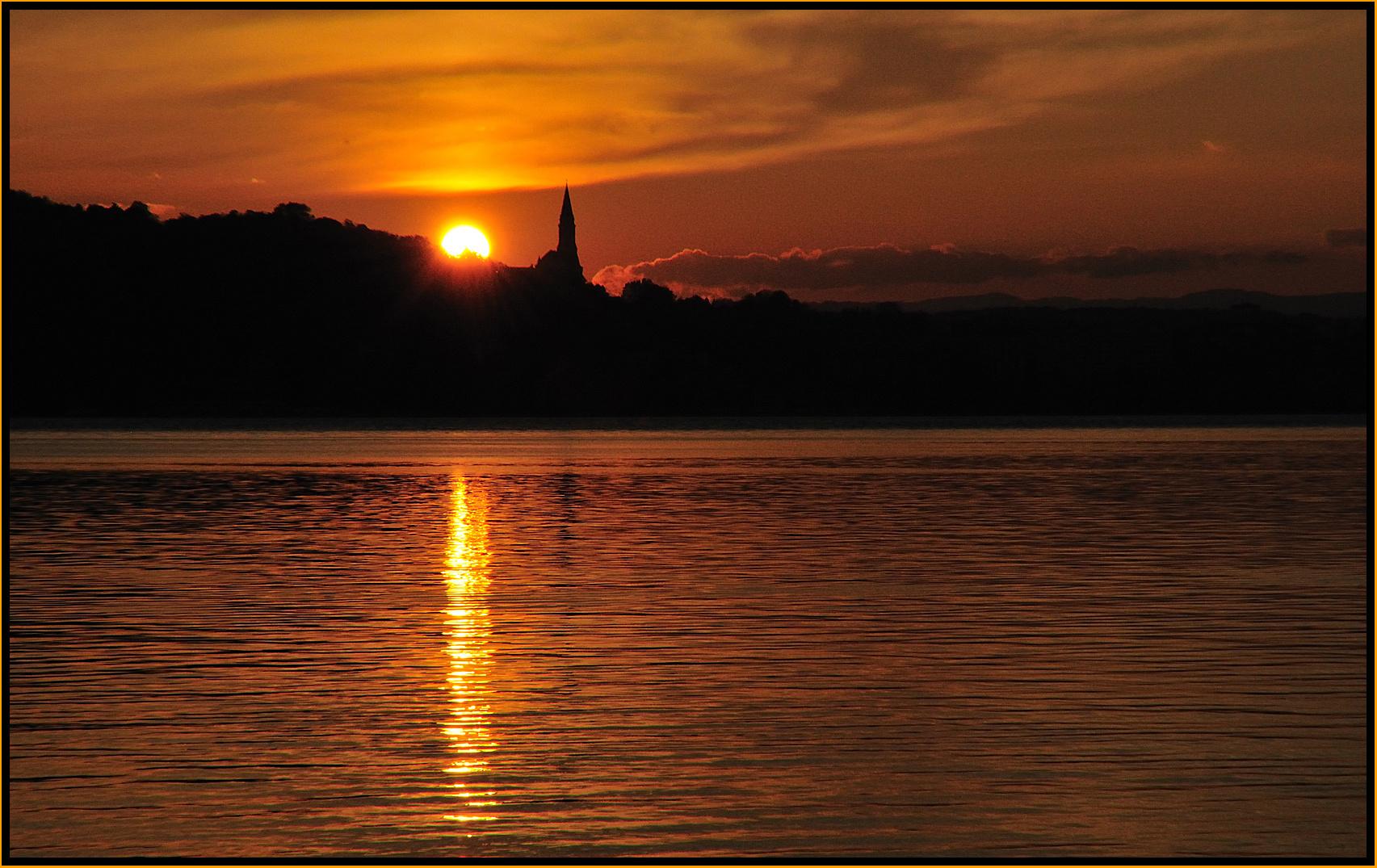 soleil couchant sur Annecy