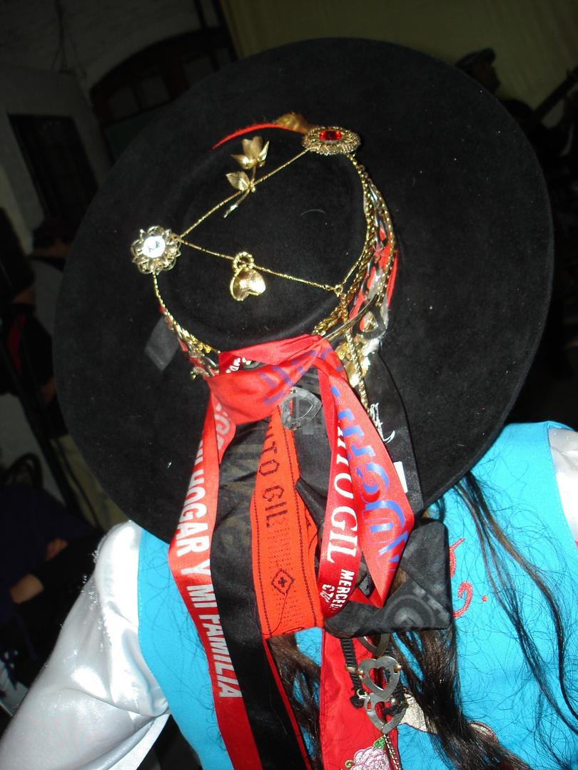 sombrero ornamentado,     Corrientes      Argentina