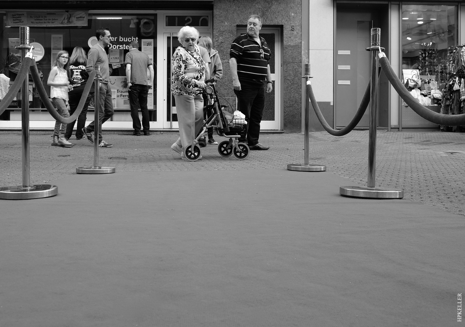 """Some days ago in the city, ...""""Red Carpet"""" for Rollator seniors?"""