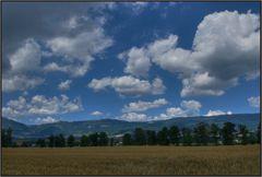 Sommer über dem Jura