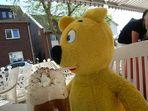 """""""Sommergrüße"""" vom gelben Bär"""