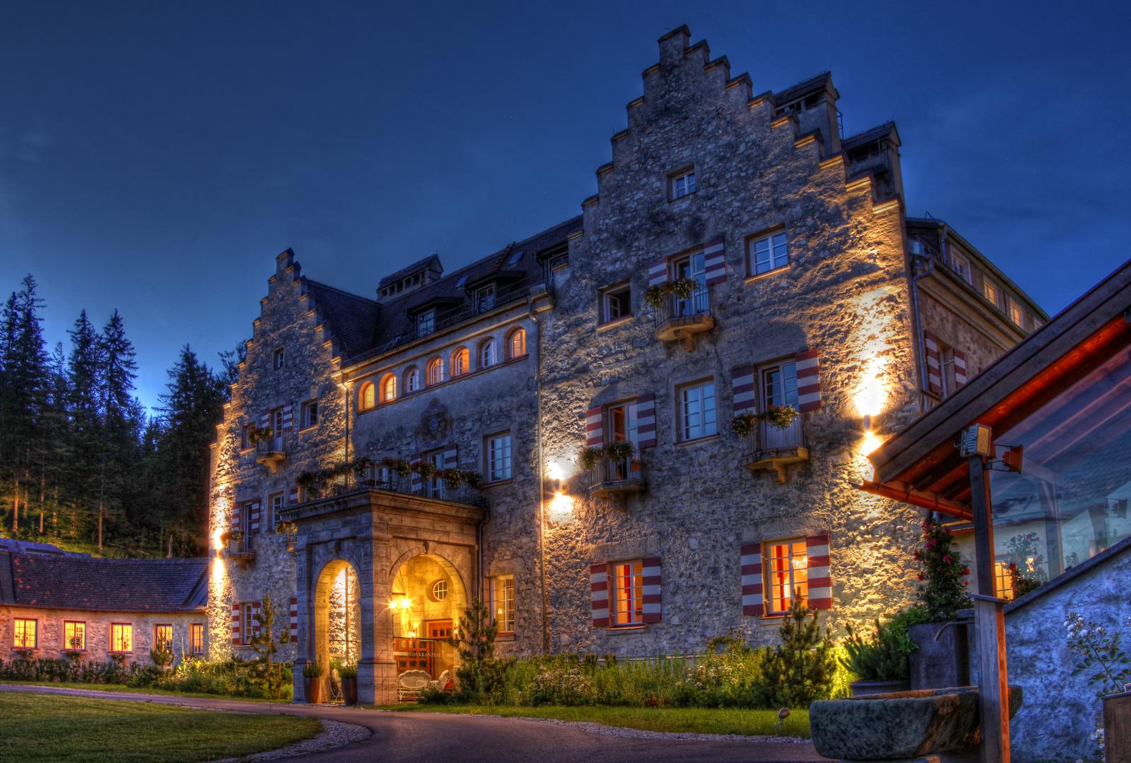 Sommernacht am Schloss Kranzbach