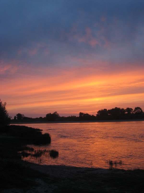 Sonne an der Loire