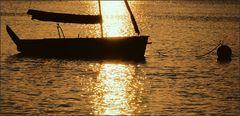 Sonne mit Segelboot ...