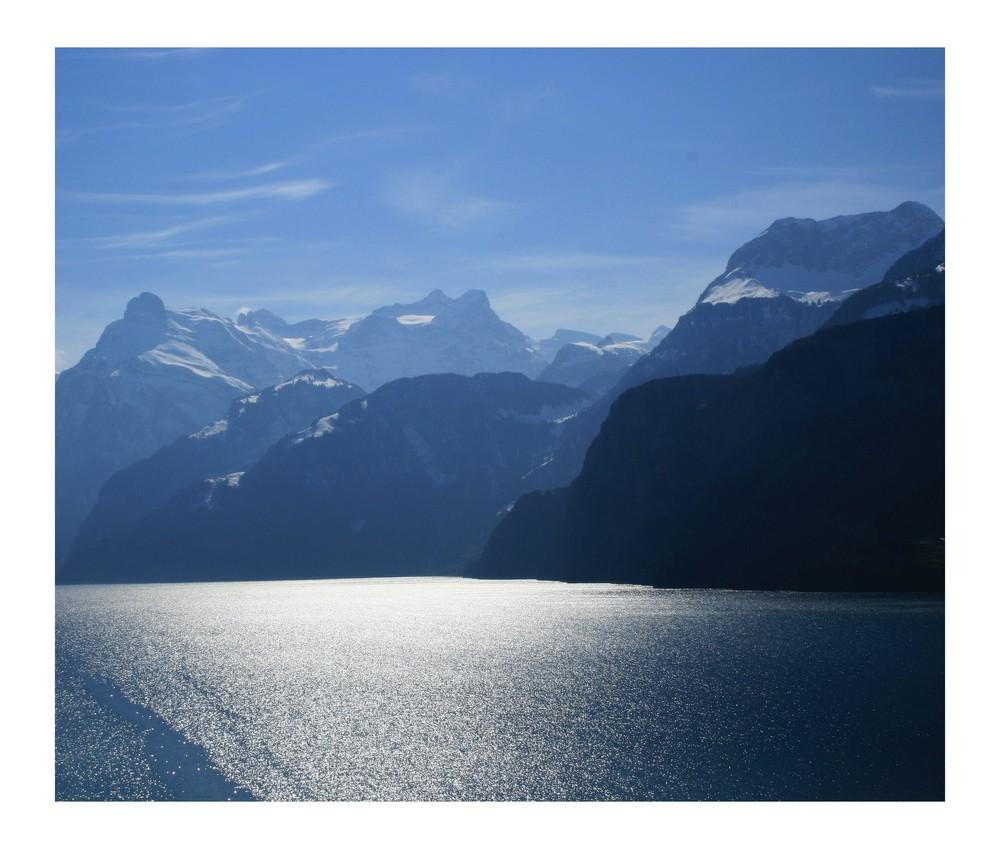 Sonne Seen und Berge...