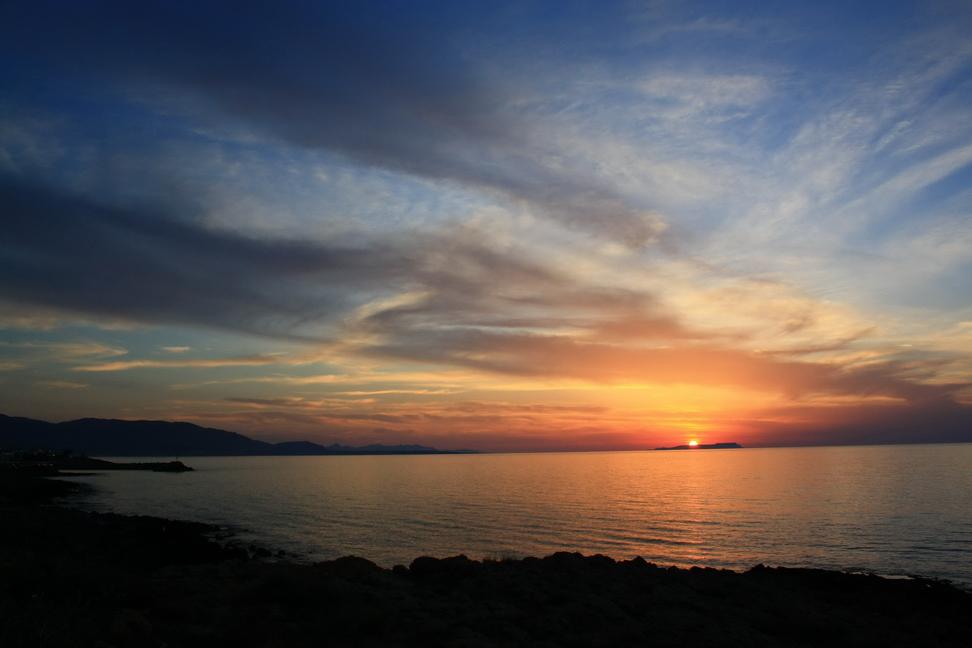 Sonne über Insel Dia