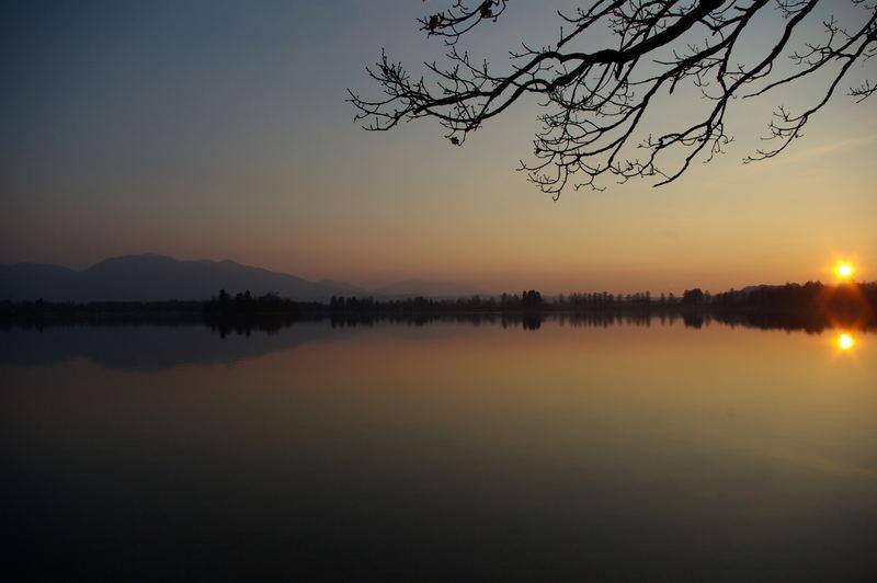 Sonne über und im Staffelsee