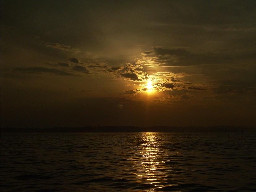 Sonnen- und Wolkenspiel