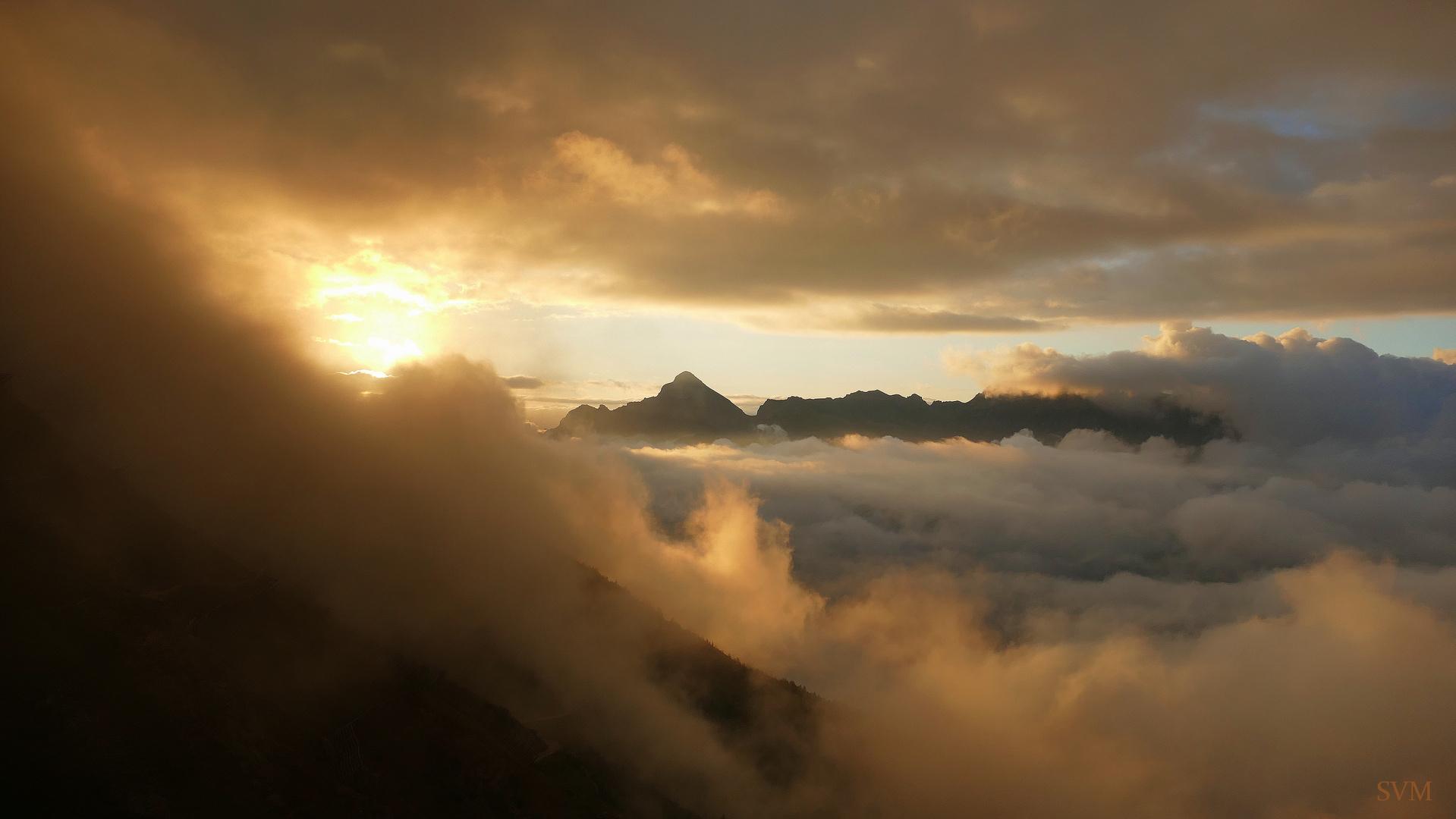 Sonnenaufgang am 24.08.2020 auf der Starkenburger Hütte im Stubaital