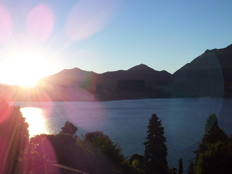 Sonnenaufgang am Lago Maggiore