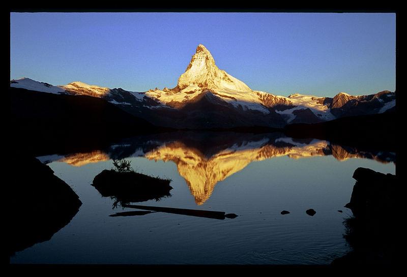 Sonnenaufgang am Matterhorn von der Fluealm