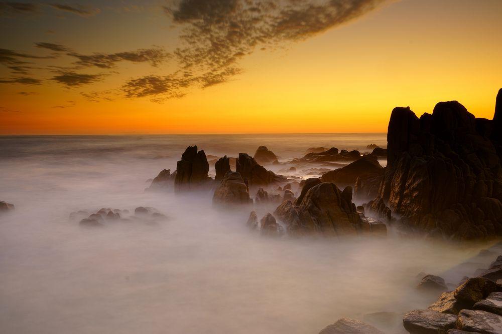 Sonnenaufgang am Meer Foto & Bild   sonnenaufgänge, himmel