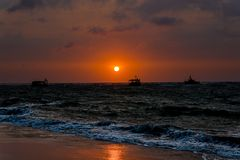 Sonnenaufgang am Meer bei Ba Ria - Vung Tau