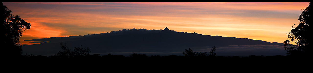 Sonnenaufgang am Mount Kenia