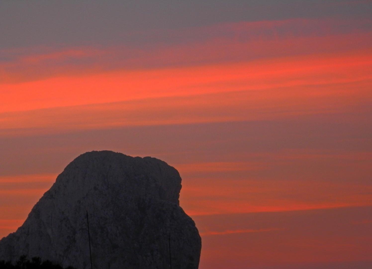 Sonnenaufgang am Peñon I´fach in Calpe