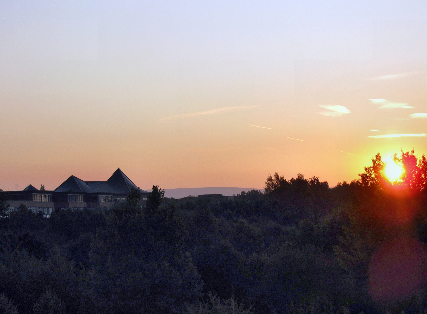 Sonnenaufgang am Roten Hügel in Bayreuth