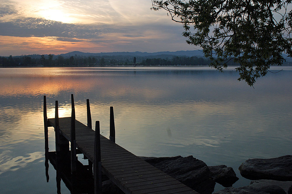 Sonnenaufgang am See 1
