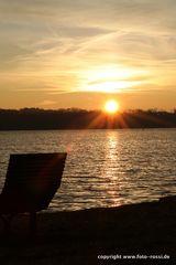 Sonnenaufgang am See 3