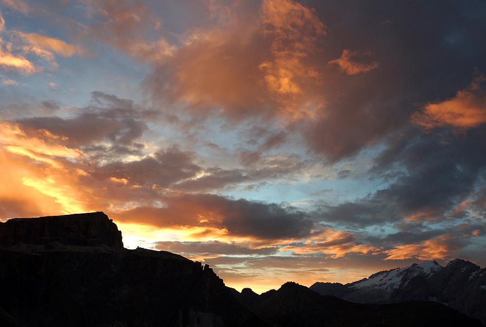 Sonnenaufgang am Sellajoch