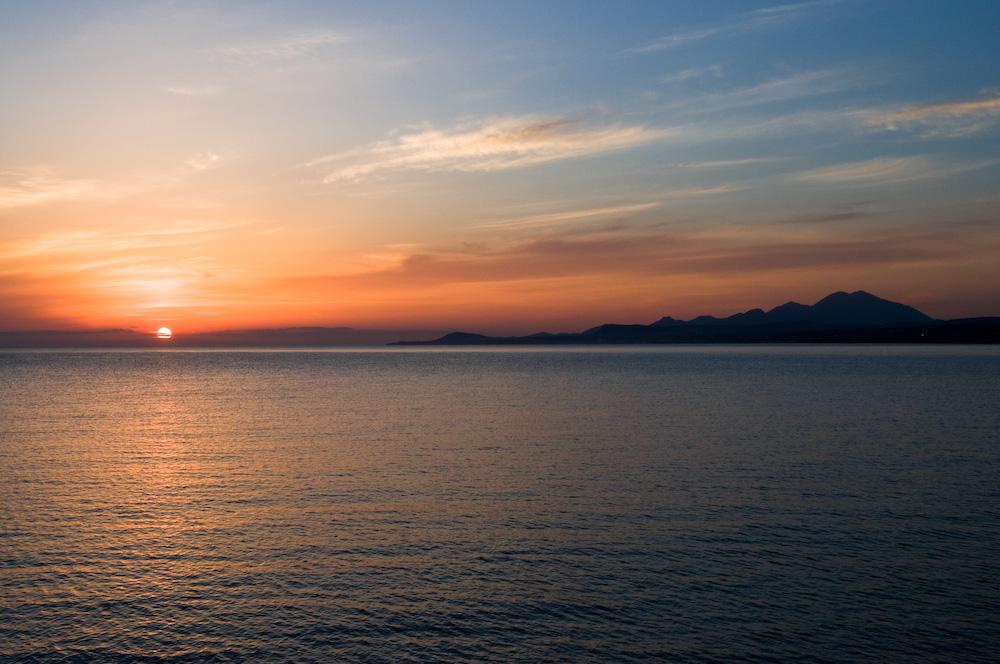 Sonnenaufgang am Strand von Rethymnon auf Kreta