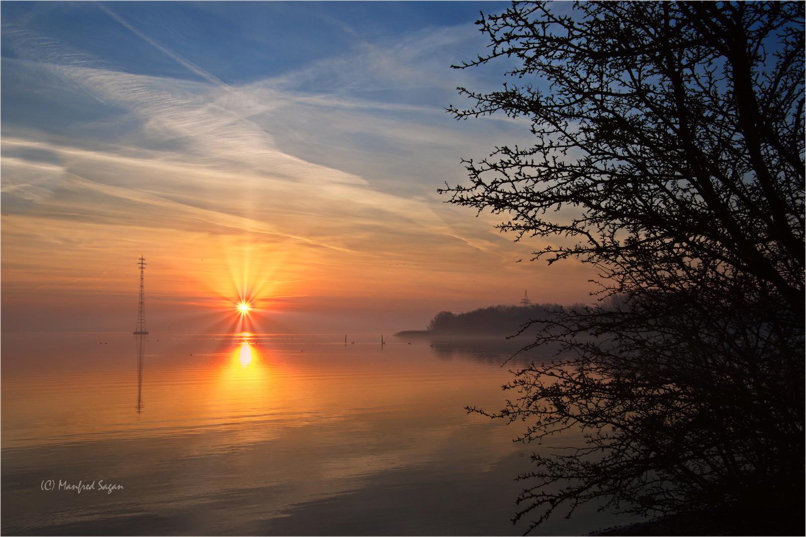 Sonnenaufgang am Strelasund