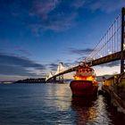Sonnenaufgang an der Oakland Bay Bridge