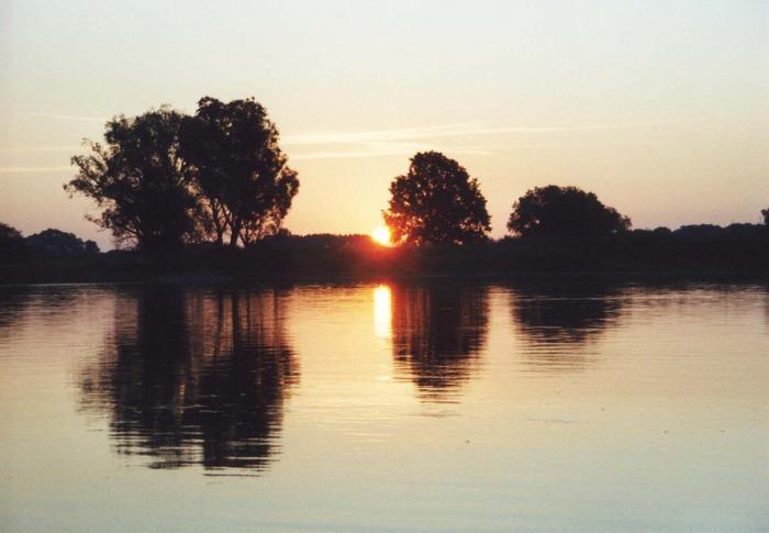 Sonnenaufgang an der Oder