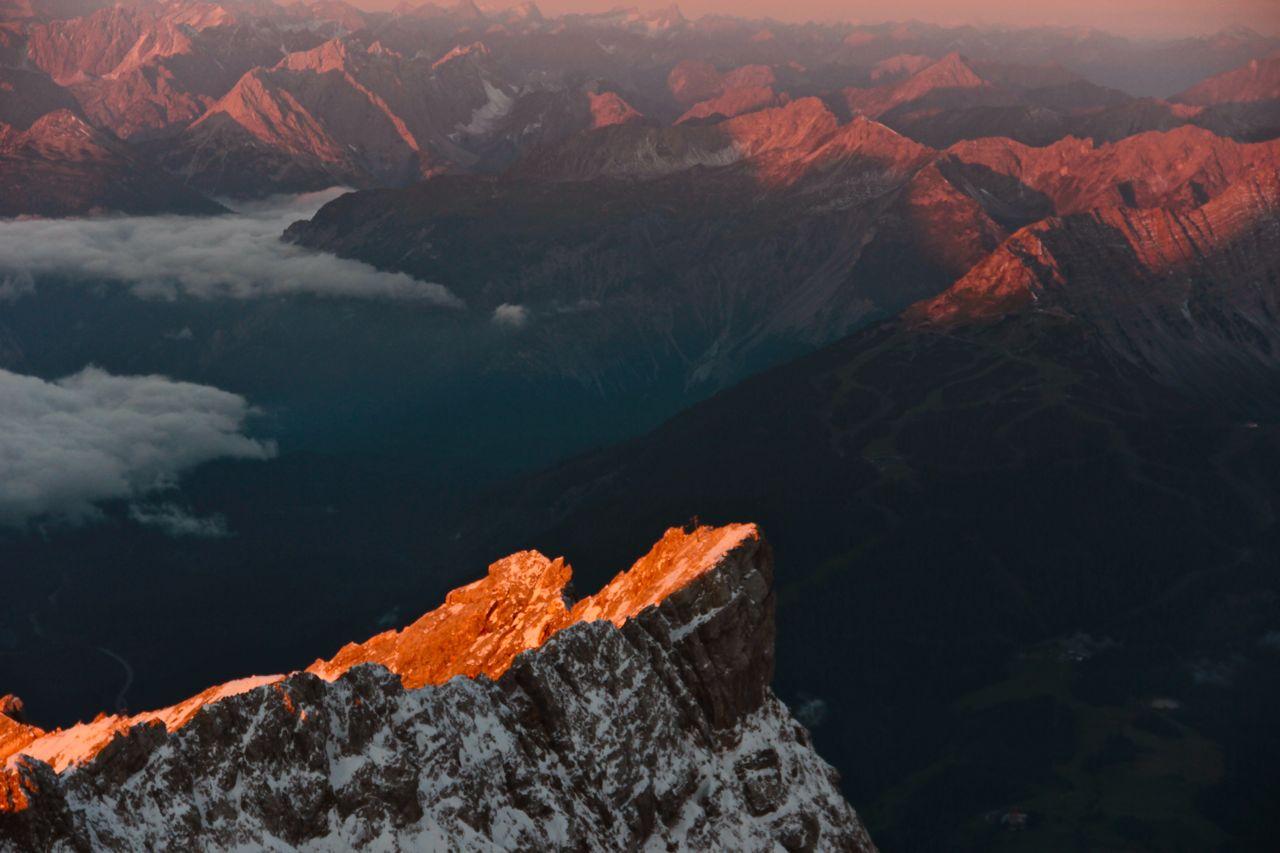 Sonnenaufgang auf der Zugspitze 4