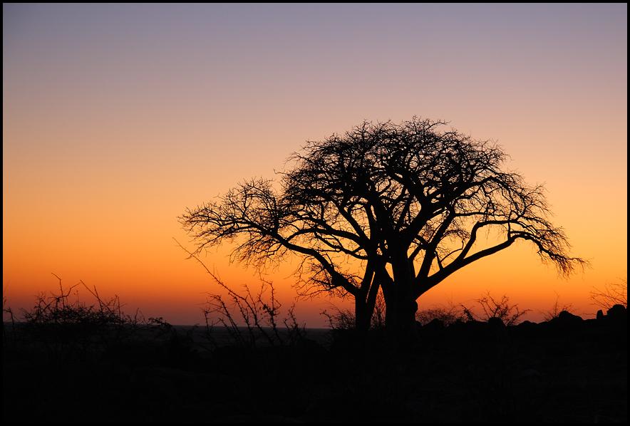 Sonnenaufgang auf Kubu Island
