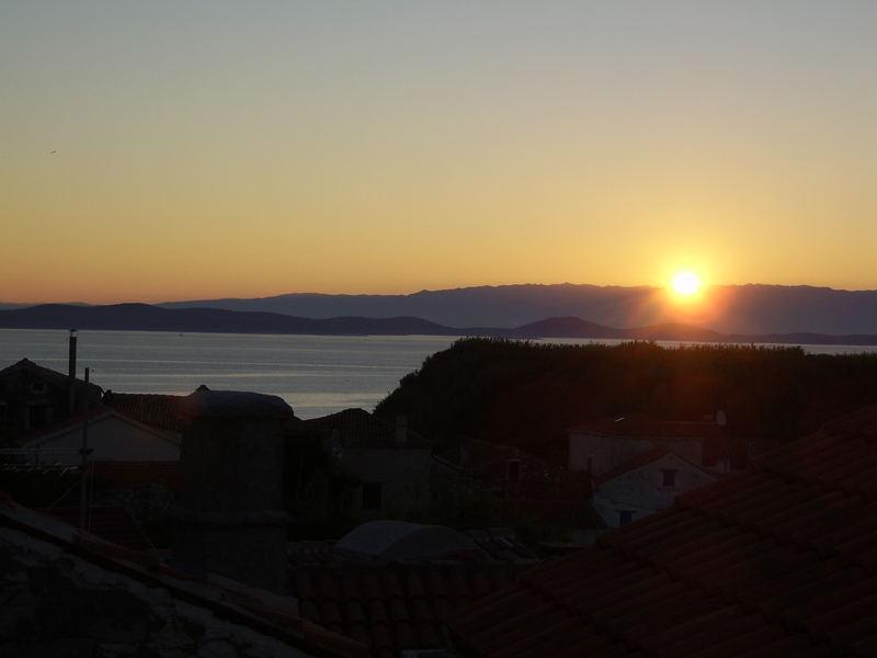 Sonnenaufgang auf Susak/Kroatien