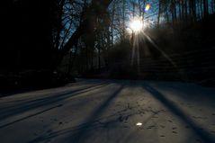 Sonnenaufgang bei Eis Kälte an der Eisch